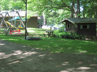 callahans campground_playground